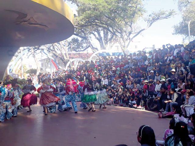 Festiniños cierra  el FIC con alegría  en el Parque Bolívar