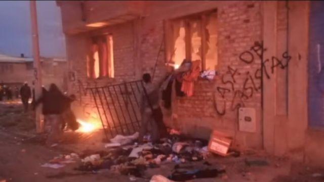Jornada violenta deja inmuebles incendiados en Oruro y otro con daños en Sucre - Correo del Sur