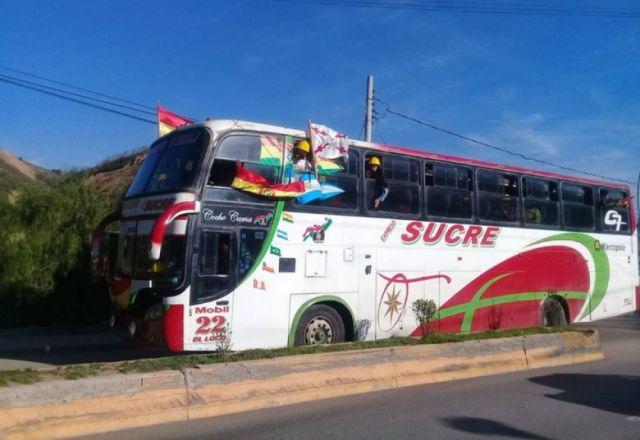 En vivo: La delegación de Chuquisaca ya está en Sucre - Correo del Sur