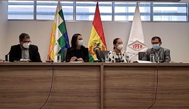 YPFB denuncia a exministro Zamora y exejecutivos por paralización de la  Planta de Urea