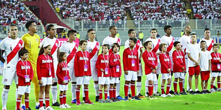 Perú frena Ley ante advertencia de la FIFA
