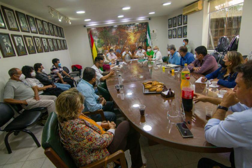 """Comité Pro Santa Cruz suspende su """"reunión de emergencia"""" para el jueves"""