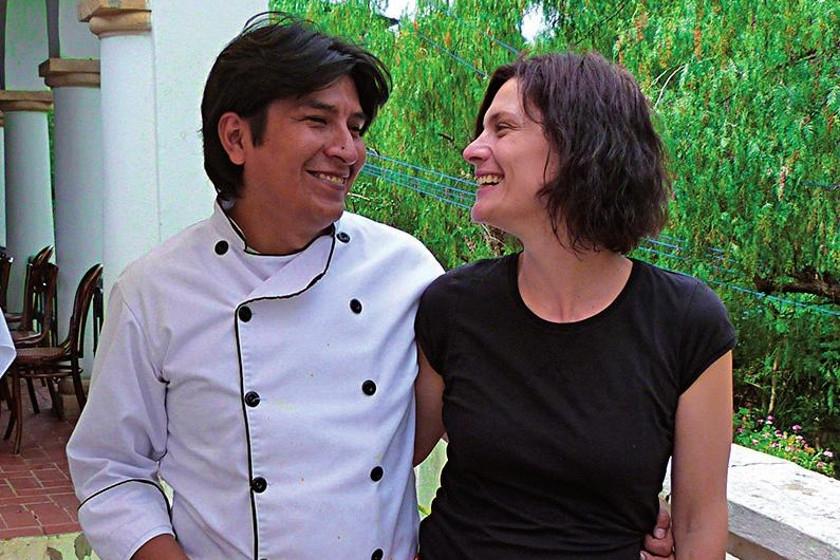 Los propietarios del restorán: Alain Pumar (chuquisaqueño), el chef, y Alessandra Ciani (italiana),