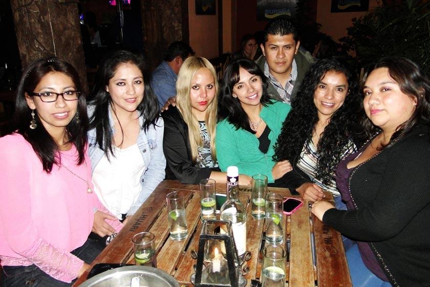 Patricia Yucra, Claudia Díaz, Jael Montaño, Sindy Romero, Álvaro Ríos, Fabiola Cruz y Rocío Rojas.