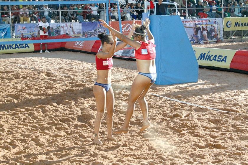 El festejo de las venezolanas Olaya Pazo y Norisbeth Agudo, que avanzaron a la semifinal