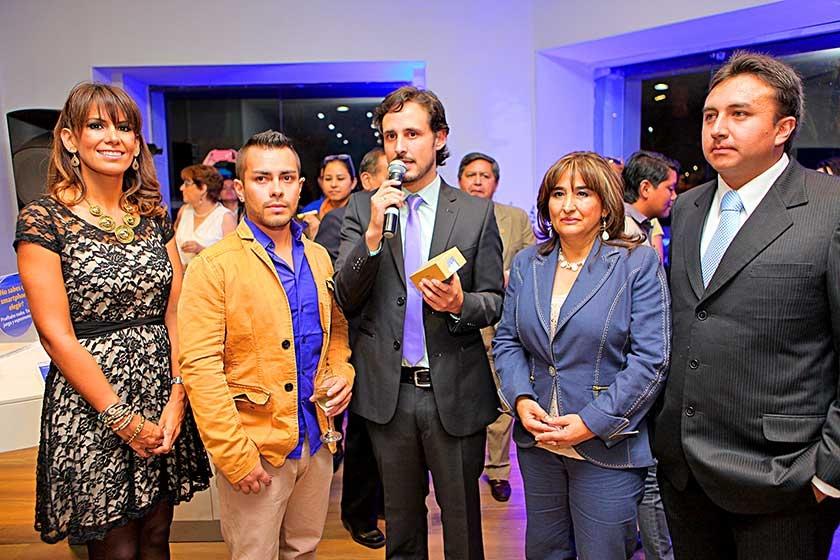 Claudia Landívar, Jorge Sanjinés, Javier Perou, Leonora Torricos de Arancibia y Carlos Ayala