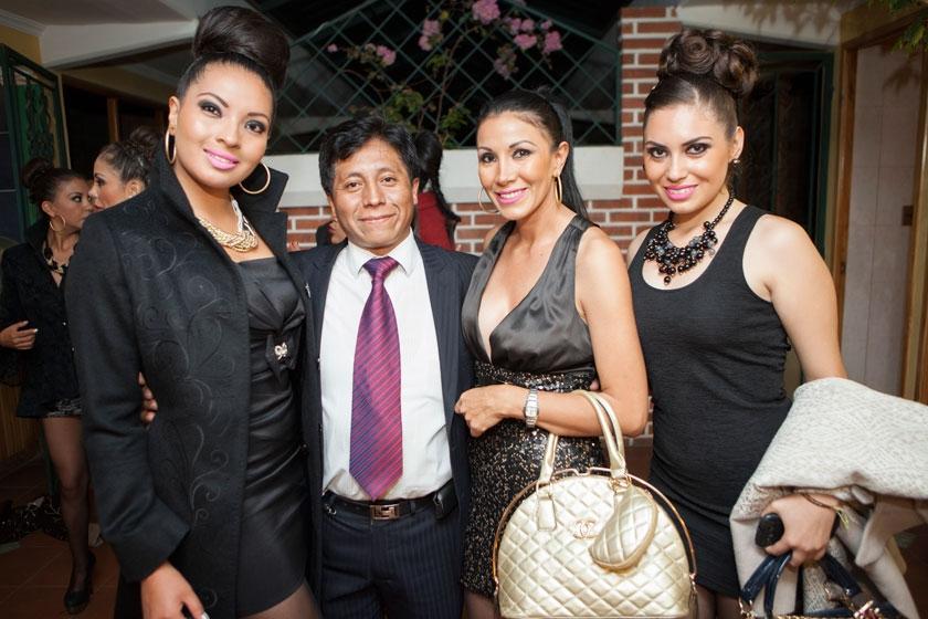 Wendy Rasguido, John Pacheco, Carla Molina y Guísela Vásquez