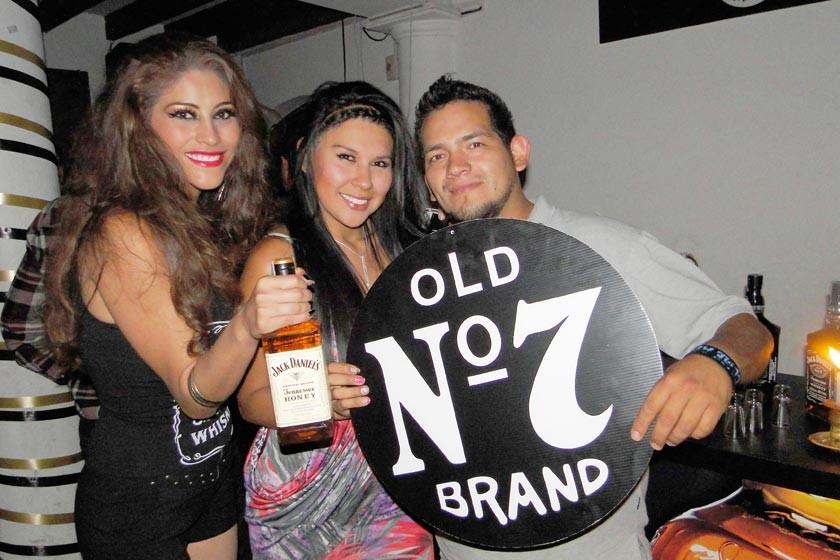 Cassandra Barahona, Cintia Callapa y Ramiro Sánchez