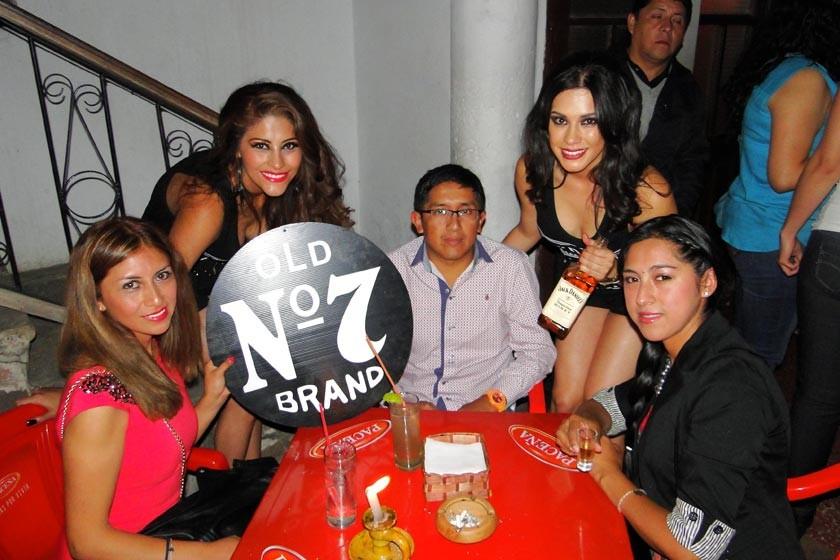 Marisol Rojas, Cassandra Barahona, Marcelo Tejerina, Luciana Lazo y Gladys Villegas