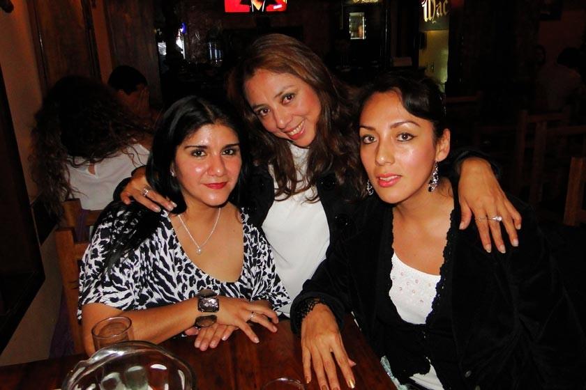 Litzi Beltrán, Myreya Cruz y Gabriela Párraga