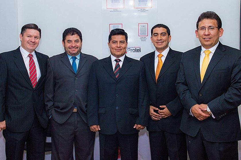 Ramiro Argandoña, Sergio Orsini, Rudy Raña, Pablo Camacho y Gary Raña