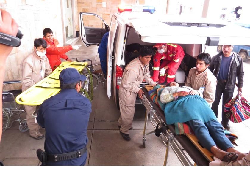 Varios  de los heridos ya están hospitalizados en el Santa Bárbara. Foto: Enrique Quintanilla