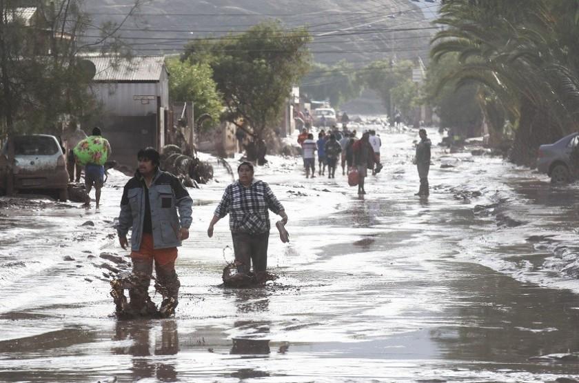 Tres regiones de Chile están afectadas por las luvias. Foto: EFE