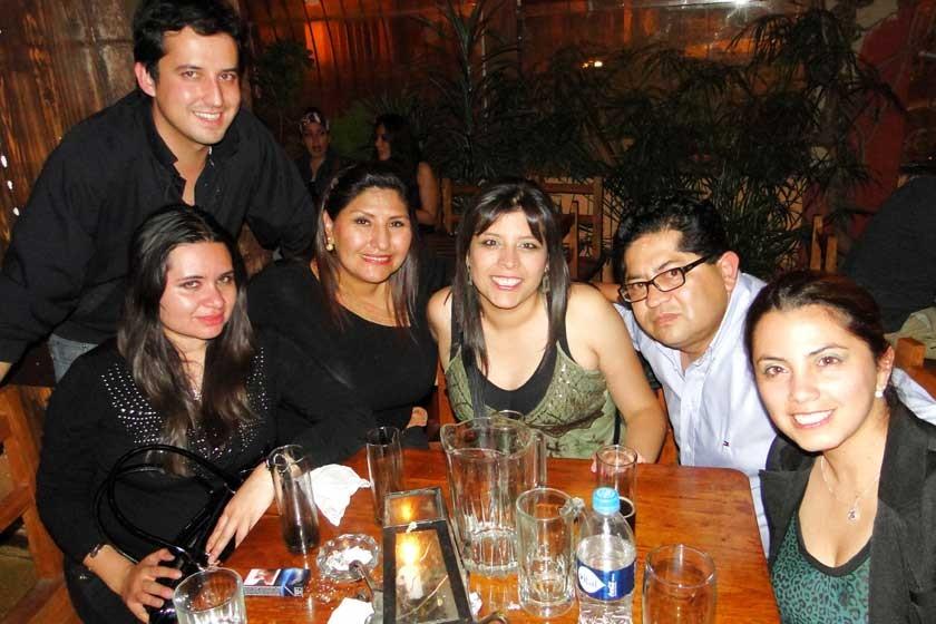 Diego de la Vega, Vanessa Arauz, Maritza Blanco, Gabriela Sahonero, Miguel Aliaga y Susana Valda.