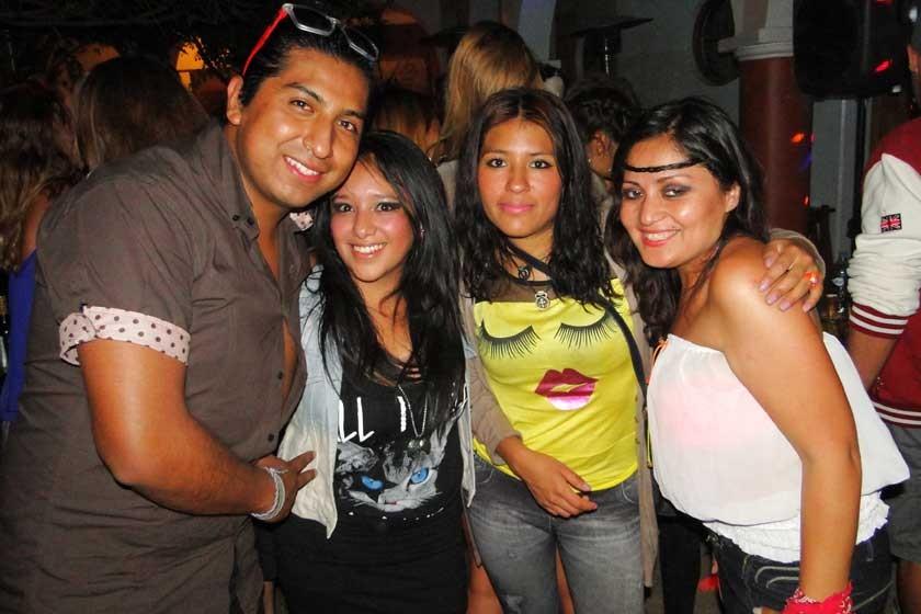 Vicente Paniagua, Janeth Cervantes,  Sora Tapia y Cecilia Castro.