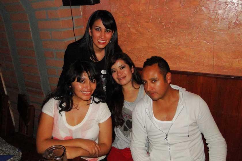 Paola Landivar, Andrea Ticona, Belén Cueto  e Higor Sandoval.