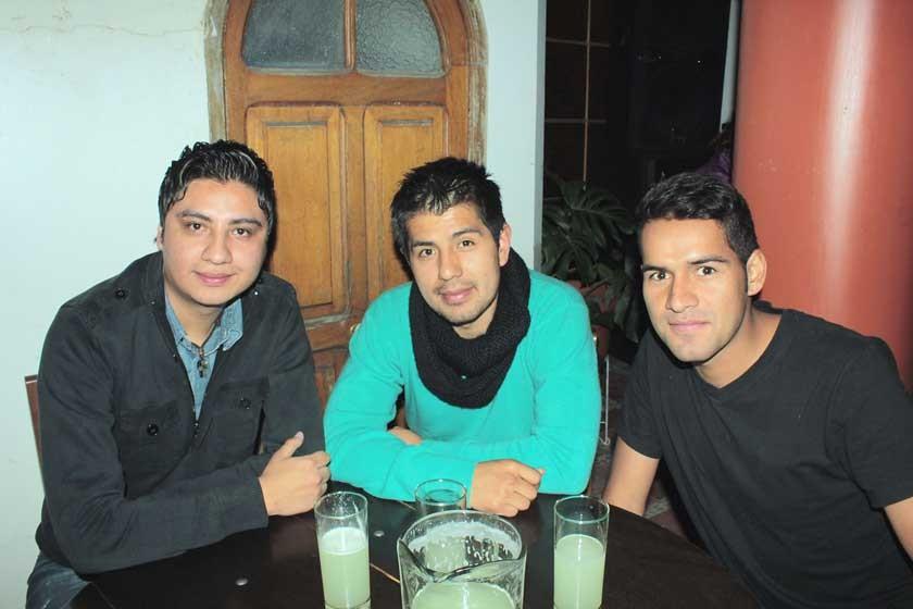 Paúl Villarroel, Fernando Bejarano y Alexander Velásquez.