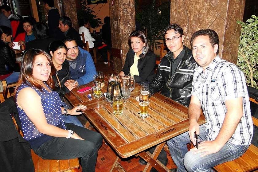 Eloísa Cáceres, Ángela Campos, Sergio Eysele, Nely Medrano, Ivar Bracamonte y Enzo Gumiel