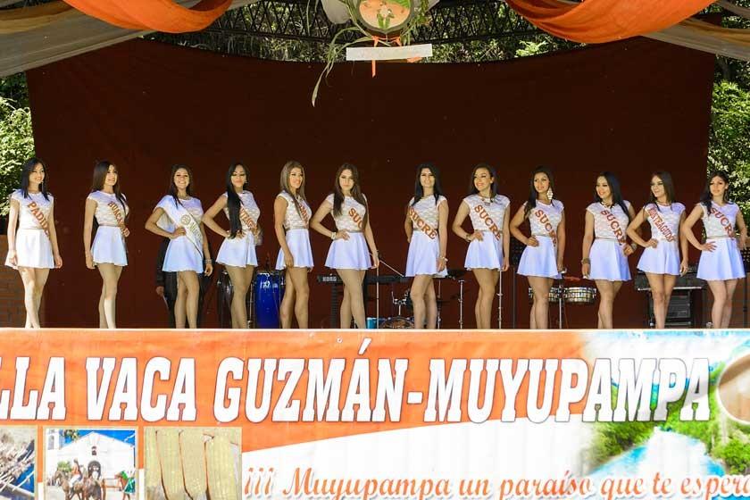 Presentación de las candidatas en Muyupampa