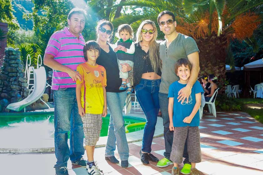 Familia  Ayala Postigo y Lara Torres.