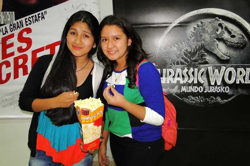 Rosario Grajeda y Jael Flores.