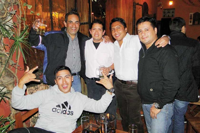 Fernando Ayala, Alberto Montellano, Julio Argandoña, Jorge Padilla y Arnold Davila.