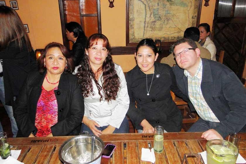 Luisa Orellana, María Huaranca, Silvia Villarroel y Sergio Vaca.