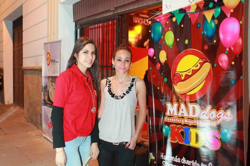Fernanda Vidaurre y Ximena de la Fuente.