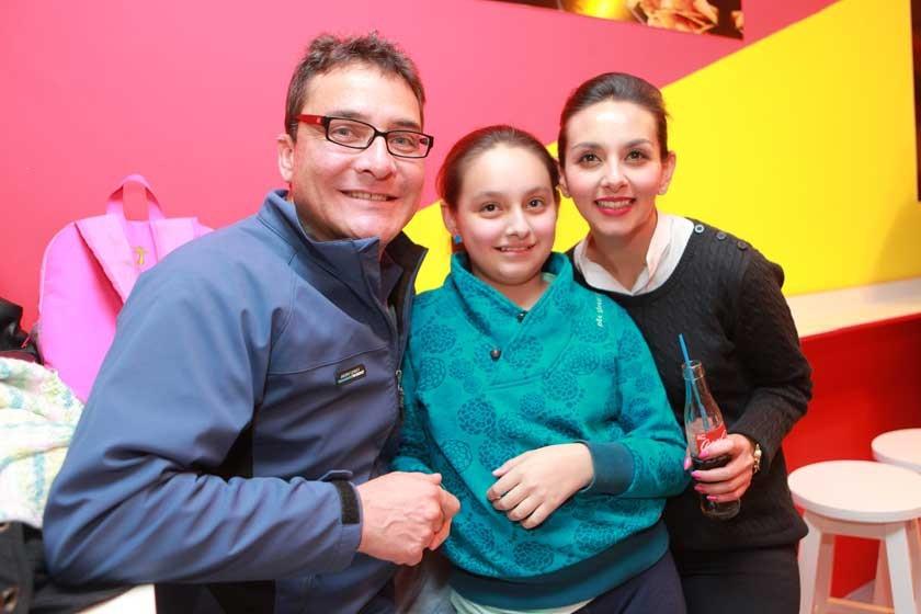 Sergio Villa, Sara Villa y María José de la Fuente.