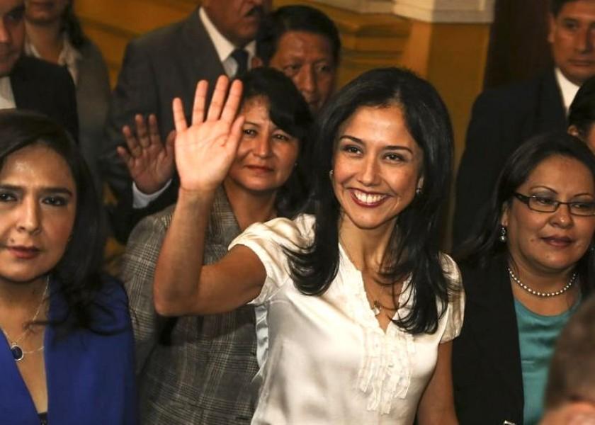 Nadine Heredia a su llegada al Congreso peruano. Foto: EFE