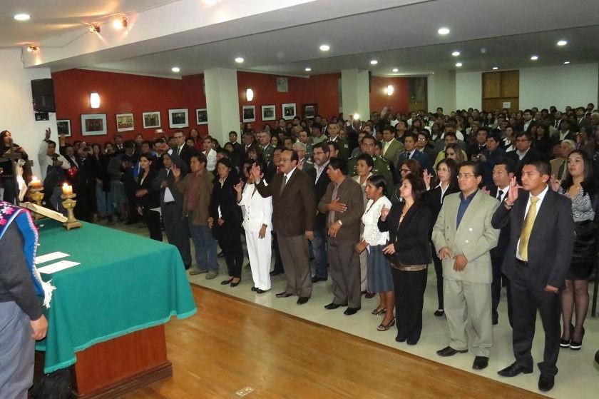 El juramento de los concejales titulares y suplentes. Foto: CORREO DEL SUR
