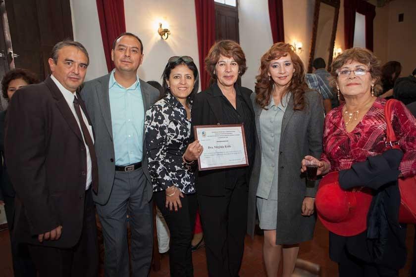 Berckley Vilar, Iván Garvizú, Patricia Murillo, Virginia Kolle Casso de Argandoña, Shirley Moscoso y Paulina Coronado.