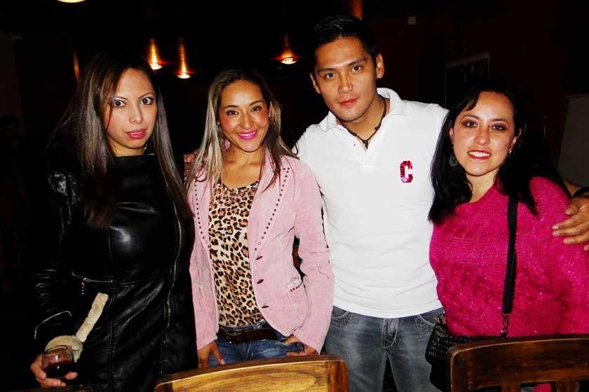 Ana Rojas, Marcia Mariscal, Alejandro Pari y Verónica Quezada.
