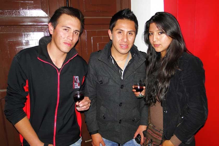 Leo Flores, Rudy Uzeda y Trinidad Coronado.