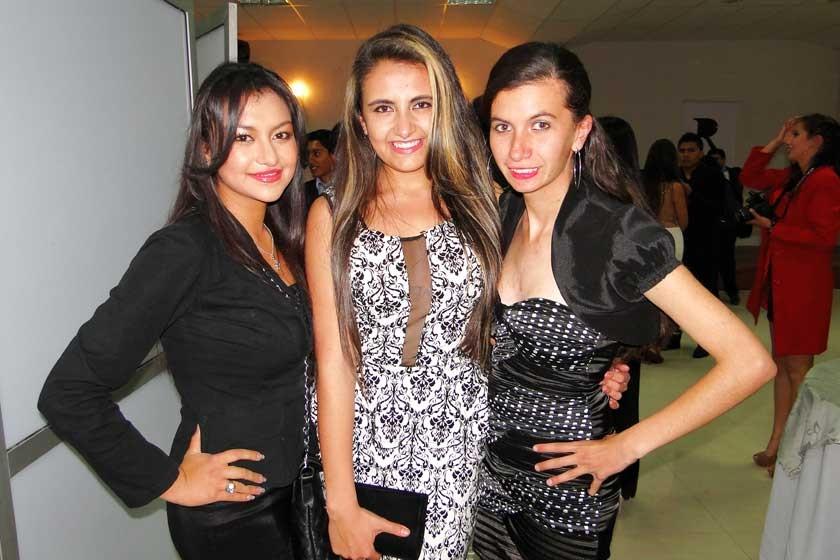 Nicole Torres, Salma Isaías e Inés Fraija.
