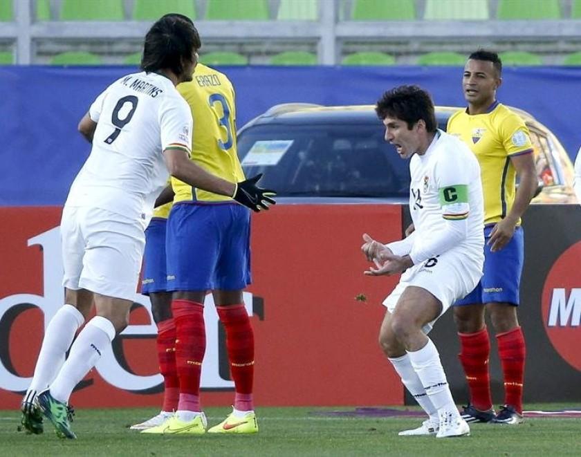 La celebración de los jugadores bolivianos tras uno de los goles. Foto: EFE