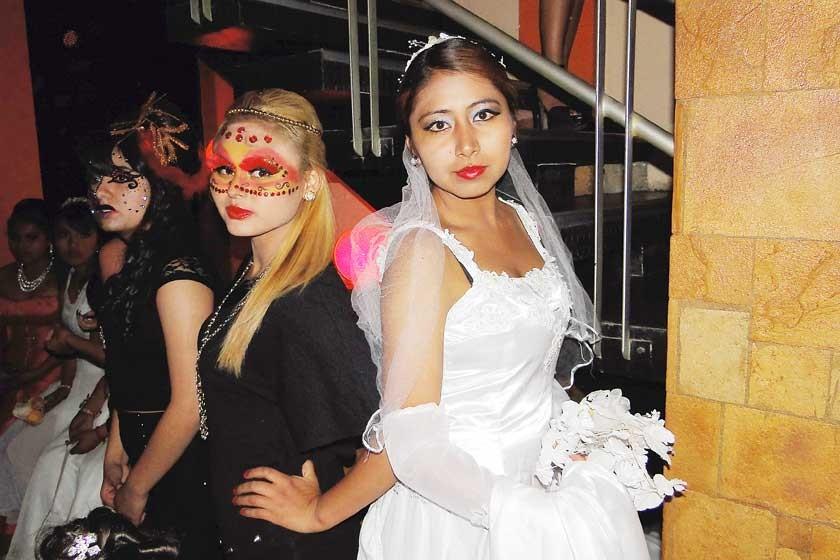 Dayana Paniagua y Daniela Maita.