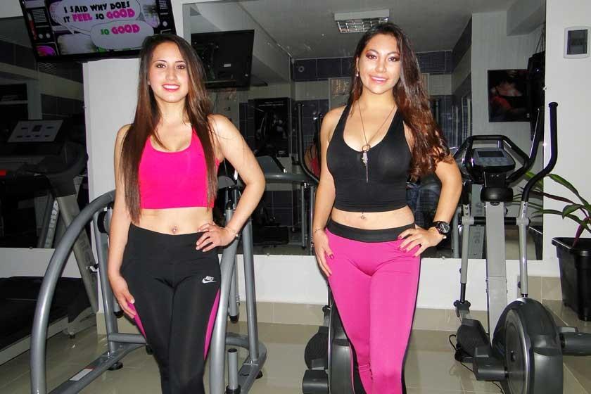Neni Castro y Guísela Garvizu.