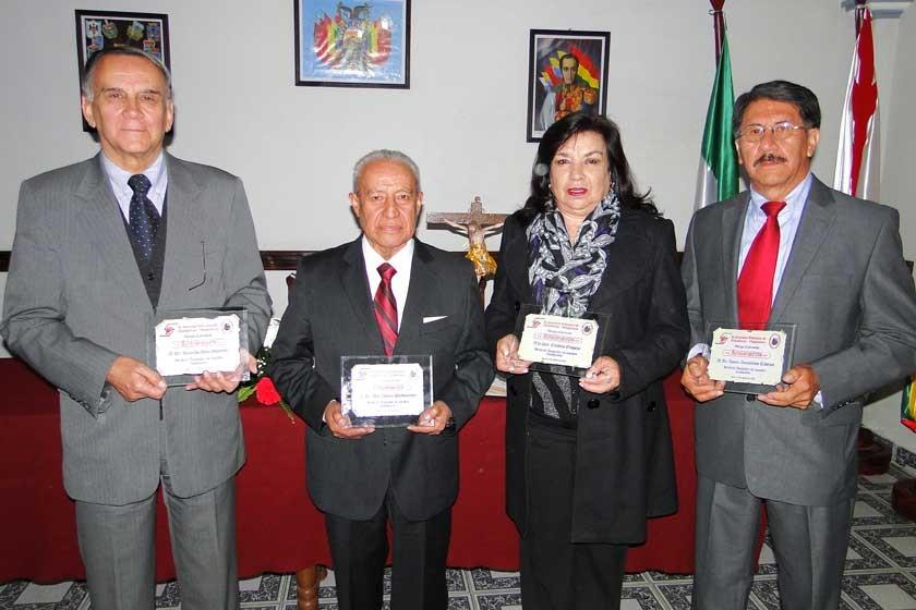 Rolando Achá, Abel Zamora, Cristina Oropeza y Xavier Zamuriano