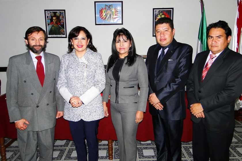 Carlos Carrasco, Faviola Cruz, Ermelinda Escudero, Gonzalo Lora y Juan Carlos Durán.
