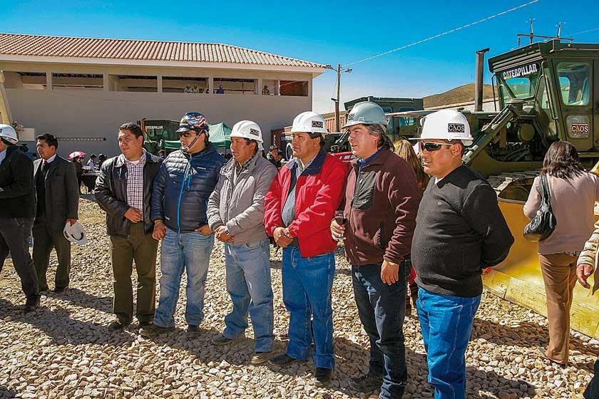 Empresarios constructores.
