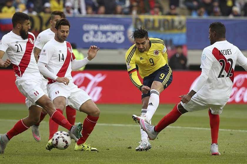Bolivia enfrenta a Perú en cuartos de final