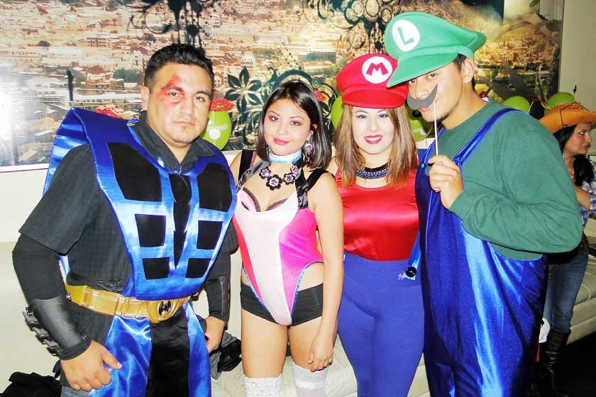 Santiago Morales, Mayke Espíndola, Adriana Sandy y René Dorado.