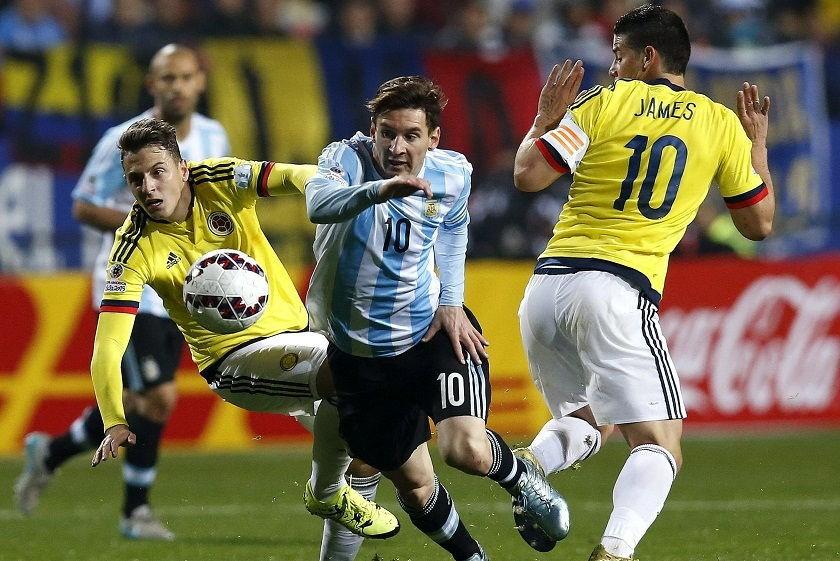 Messi no pudo marcar durante los 90 minutos, pero sí lo hizo de penal. Foto: EFE