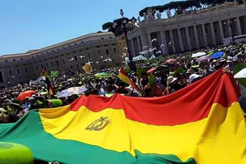 VATICANO. Los bolivianos se movilizaron.