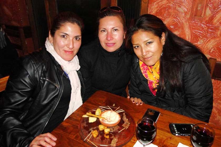 Patricia Mancilla, Victoria Aguilera y Janeth Frías.