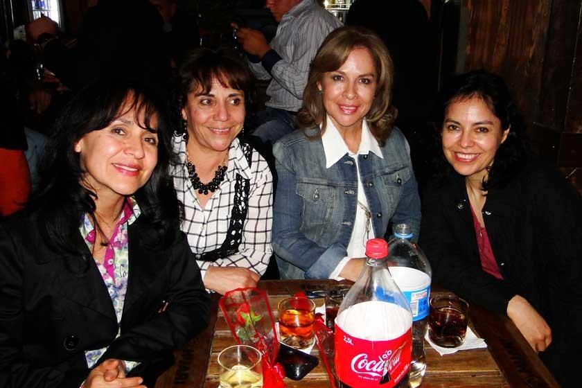 Ximena, Ana Rosa, Leticia y Marcela Ortiz.
