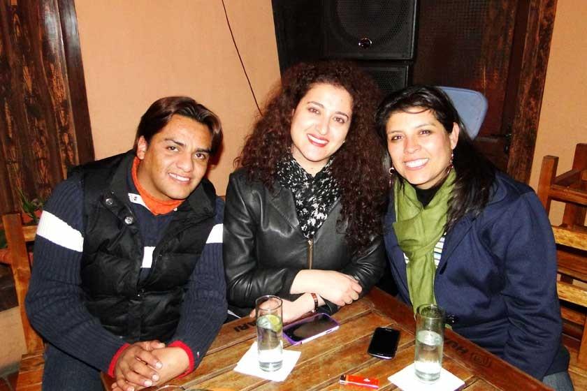 Nelson Medrano, Nur Raslán y Gabi Sahonero.