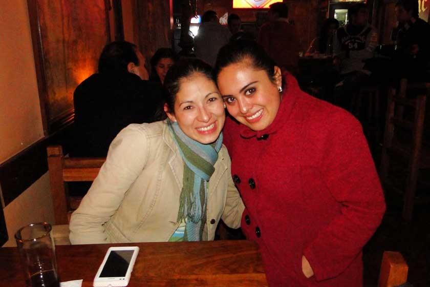 Carmen Torrico y Gabriela Osorio.