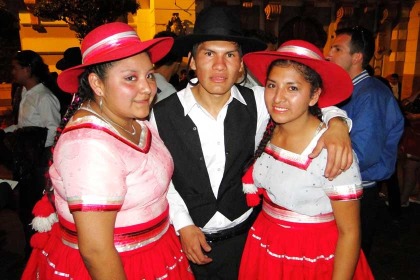 Araceli Hernández, Heber Cruz y Vanesa Montoya.
